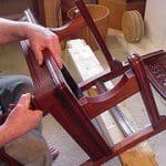 Reparando los muebles