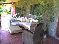 Casa de campo decore su casa con un estilo tradicional y for Decorar su casa de campo