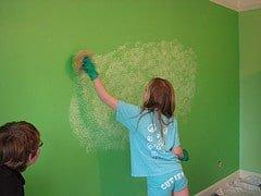 Pintura con dise o use la esponja para una mirada - Formas de pintar paredes con esponja ...