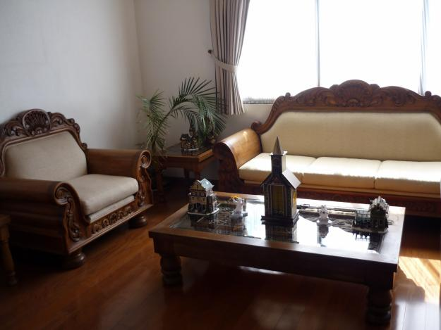Creaci n de un ambiente colonial ideas para decorar for Tipos de muebles de madera para sala