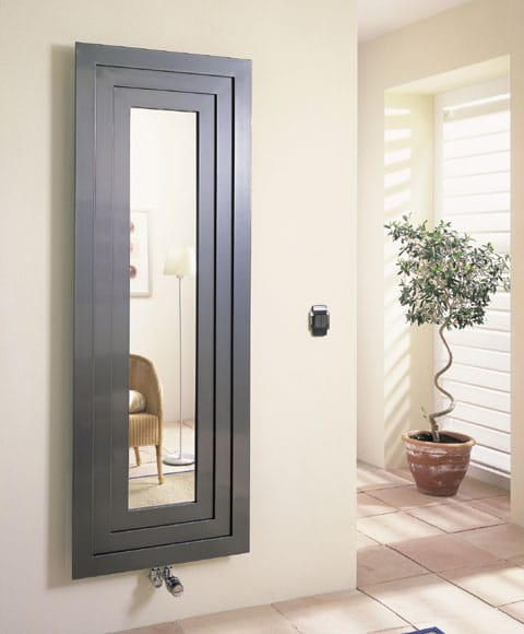 El uso de espejos como elemento decorativo en su hogar for Espejos vestidores de pared