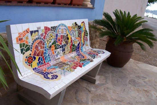 C mo incorporar toques de mosaico en su casa ideas for Mosaicos para jardin