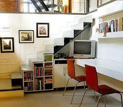 para ello pinte el espacio en un color brillante o aada un poco de papel de pared de animacin