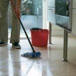 ¿Cómo limpiar pisos de alta calidad? Madera vs laminado