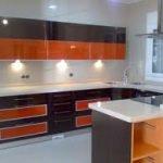 Mantenga la simplicidad en mente al elegir gabinetes de cocina moderna