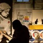 ¿Cómo utilizar las impresiones Banksy en la decoración de tu casa?