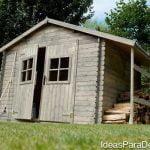 Disfruta el verano con una casa de madera en el jardín